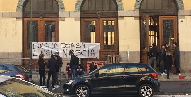 Les syndicats étudiants défendent la langue corse