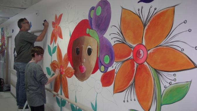 25 artistes ont décoré les couloirs du service pédiatrie de l'hôpital de Bastia