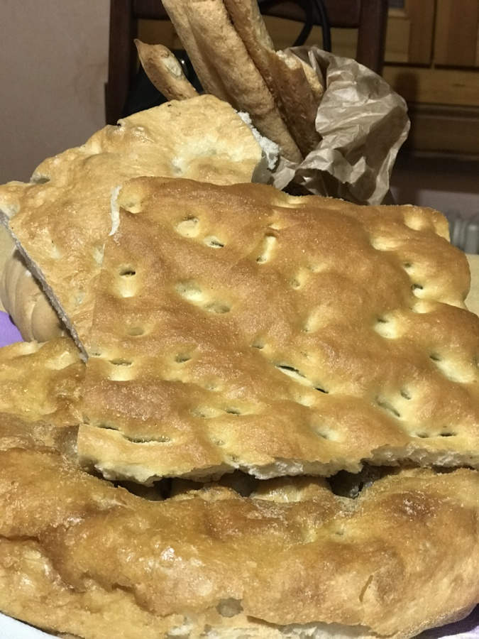 A Table : La fougasse traditionnelle à l'huile d'olive et sel de Maria