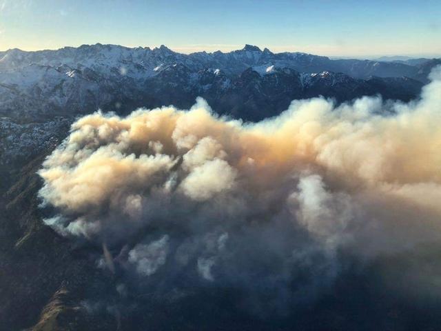 Reconnaissance aérienne ce matin sur l'incendie de Calenzana
