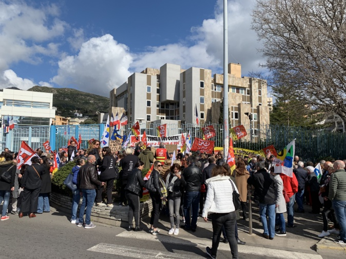 Bastia : Salariés, retraités et gilets jaunes dans la rue