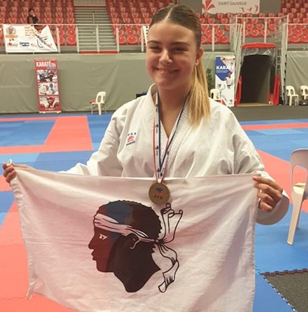 Cassandra Sampieri, championne de France de Karaté