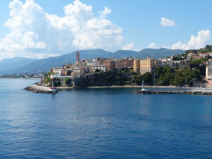 L'Almanaccu di a Cità di Bastia di Marti u 23 & Mercuri u 24 d'aprile