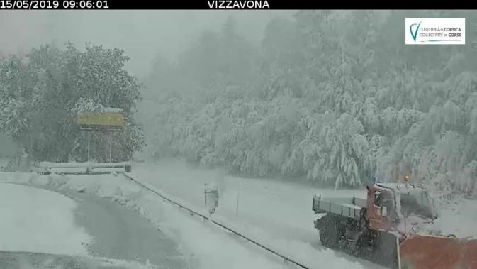 Neige en mai : Le col de Vizzavona fermé