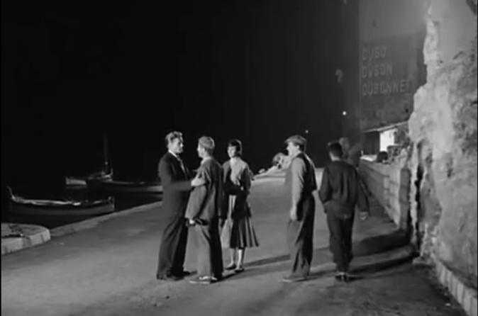 "Scène nocturne devant ""l'ammazzatò"""