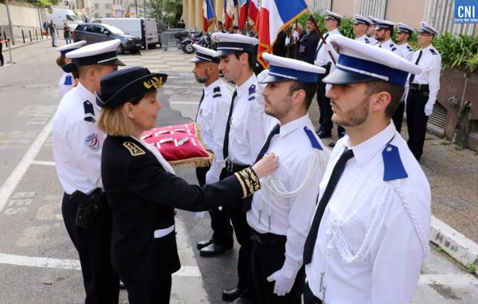 Remise de médaille par la Préfète de Corse pour acte de courage et de dévouement / Photo Michel Luccioni