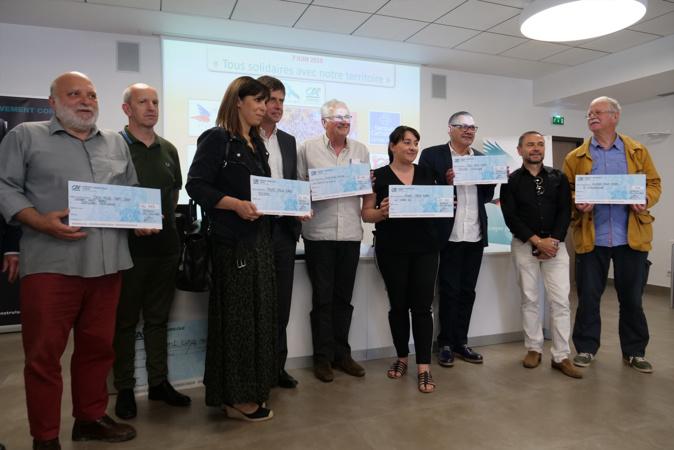 """""""Tous solidaires avec notre territoire"""" : les employés du Crédit Agricole de Corse récoltent 105 000 euros pour six associations corses"""