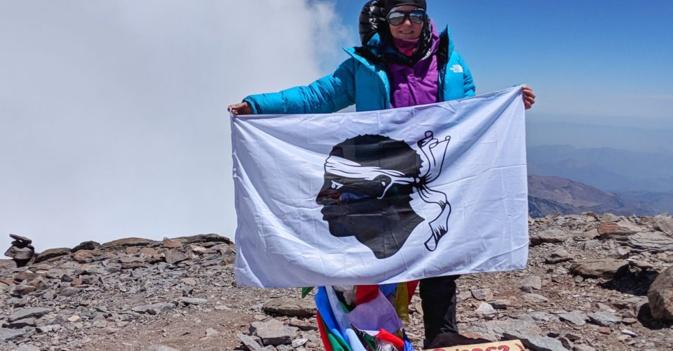 Valérie Orsoni au sommet de l'Aconcagua ( 6 962 m) lors d'une précédente ascension !