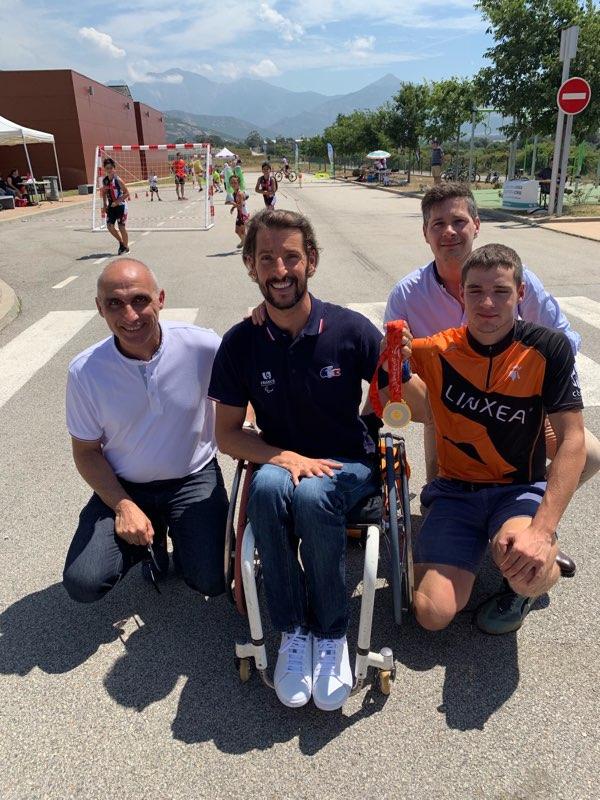 Nos deux champions en compagnie de F.M Marchetti, président de la CCCB et Florent Farge, sous-préfet de Calvi