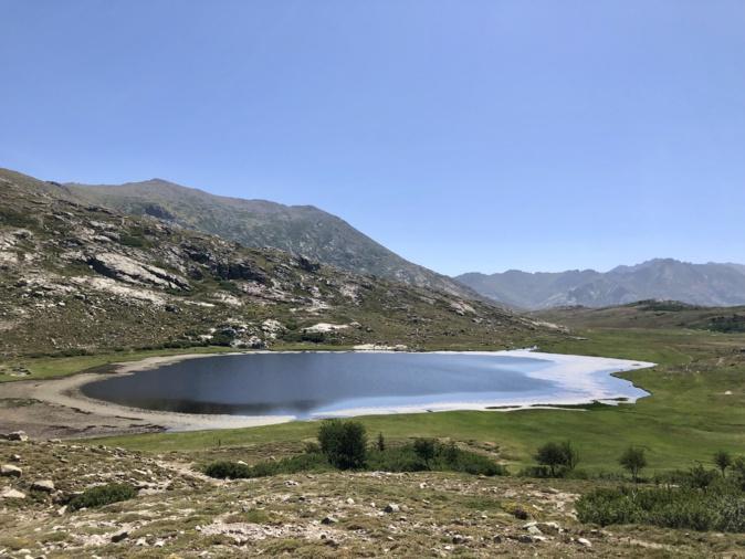 Le lac de Nino. Photo Antoine Thierry