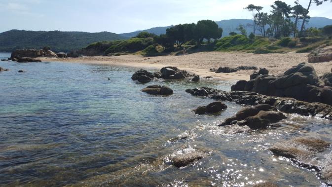 La photo du jour : La petite plage de Verghia