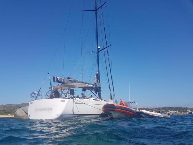 Six personnes secourues à Roccapina après l'échouage d'un voilier