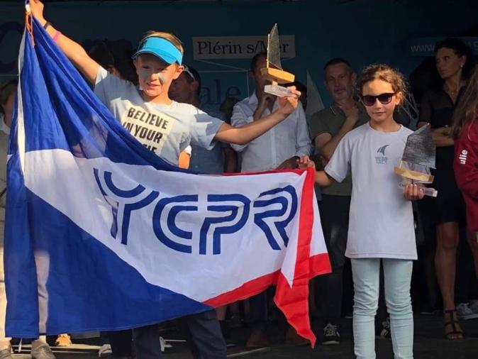 La calvaise Alexandra Santelli sur le podium des poussines à la coupe internationale d'été d'Optimist de Plérin