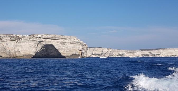 La grotte dite « du chapeau de Napoléon » à Bonifacio (Odile Arrivabene)