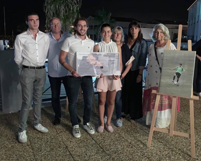 L'association Jean-Philippe Martinetti remet un chèque de 10 000 € à Inseme