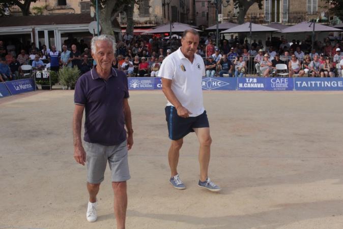 """Abgelo Allegrini et José Orsini, préside""""nt et vice-président du Sport Pétanque Ile-Rousse"""