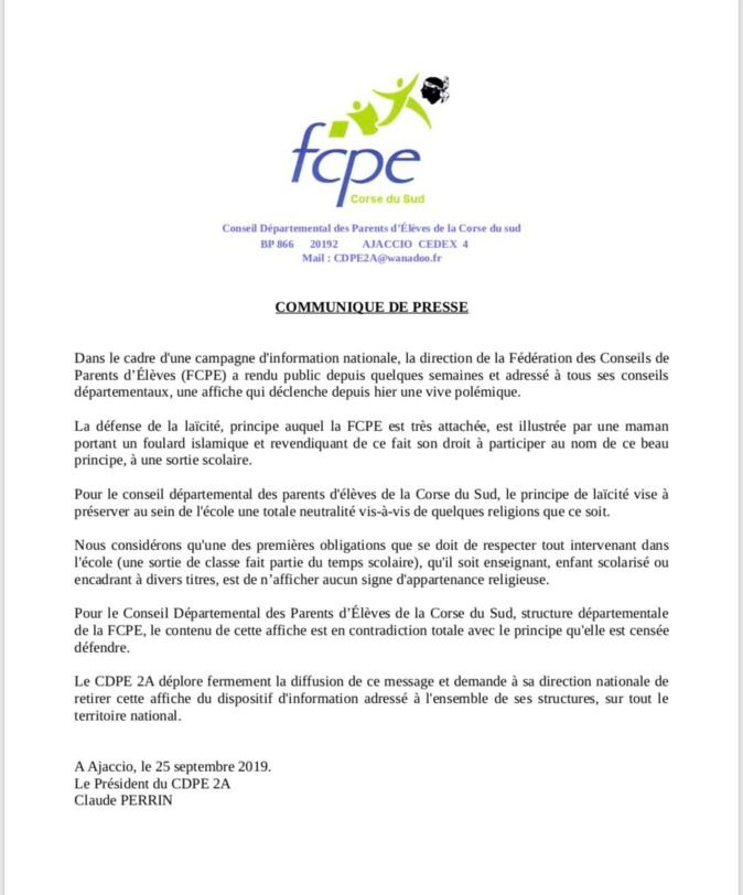Affiche d'une femme voilée avec un enfant en sortie scolaire : la FCPE de Corse-du-Sud demande son retrait