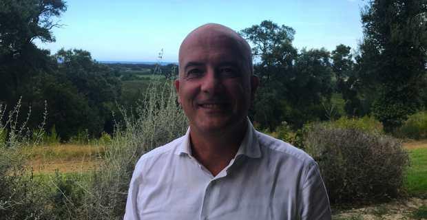 Mario Mariani, fondateur de The Net Value, associé d'United Ventures, principal fonds de capital-risque italien, président de Banca di Sassari, conseiller du CRS4, et ancien CEO de Tiscali Italia, était l'invité de Femu Qui, samedi, au parc Galea sur la commune de Taglio-Isolaccio.