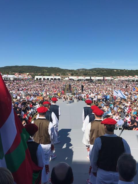 Le président de l'Exécutif, Gilles Simeoni, noue des relations politiques avec le Pays basque