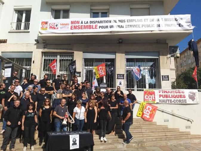 Finances publiques : pique-nique revendicatif à Bastia contre la réorganisation et la suppressions d'emplois