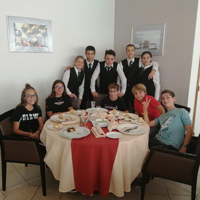 EN IMAGES - Quand les collégiens du Stiletto rencontrent les lycéens du Finosello aux fourneaux