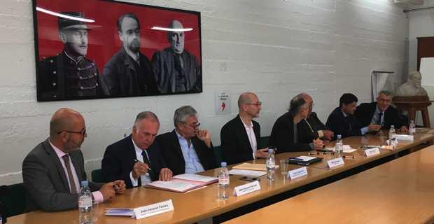 L'union des parlementaires corses pour demander le rapprochement d'Alain Ferrandi et de Pierre Alessandri