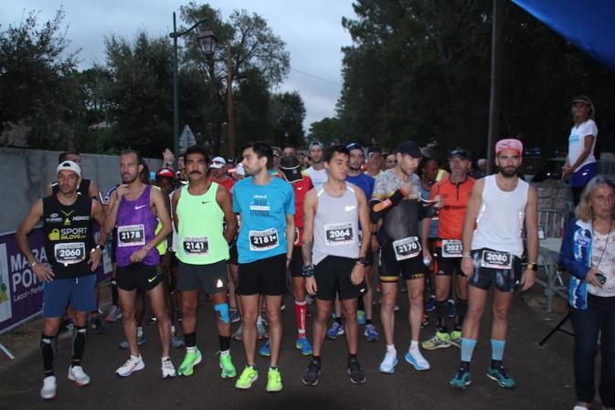 Les marathoniens ont pris le départ de Lecci