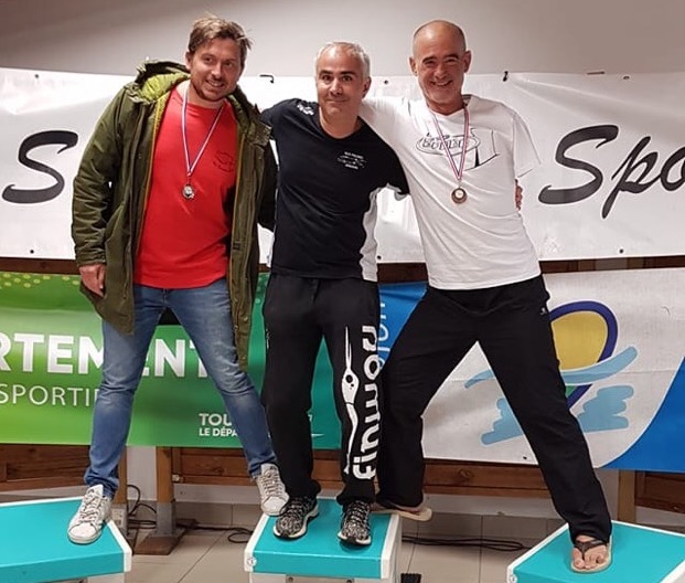 """Thierrry Corbalan sur le podium aux """"Boucles de Saint-Avertin"""""""