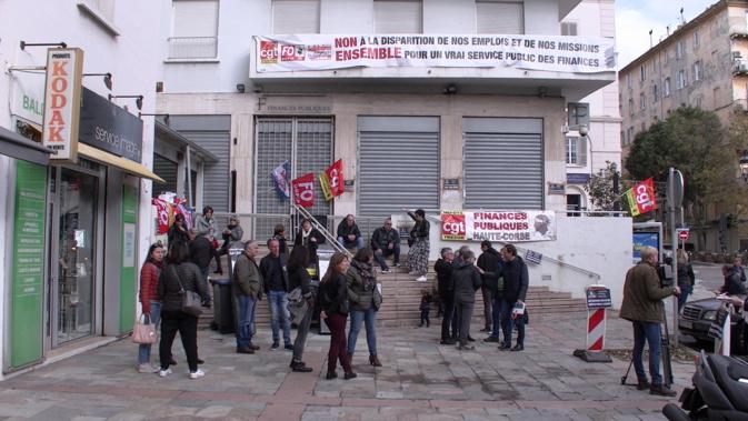 Bastia : L'intersyndicale des finances bloque la direction