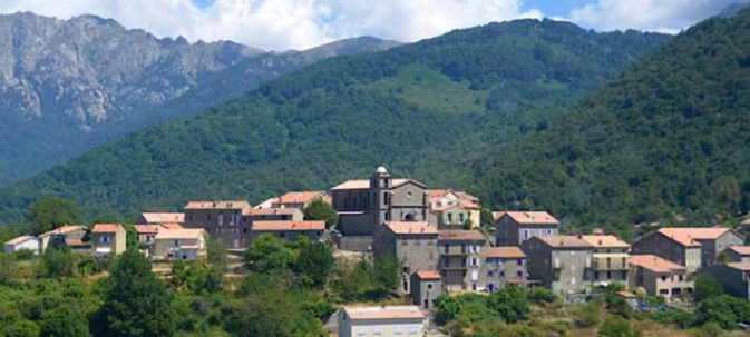Cozzano, l'exemple corse d'un smart village.