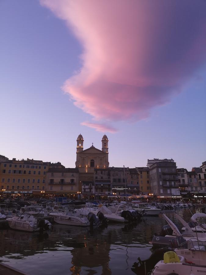 La photo du jour : celu rossu sopra Bastia