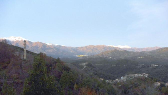 La photo du jour : de Sant'Andria di Boziu à Corti