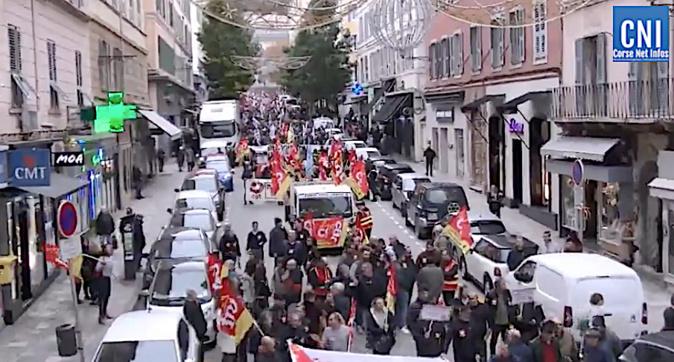 Entre 3500 et 5000 personnes dans les rues de Bastia contre la réforme des retraites