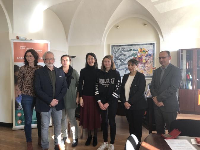 Charlotte Rizo reçoit le Prix académique de l'Éducation 2019