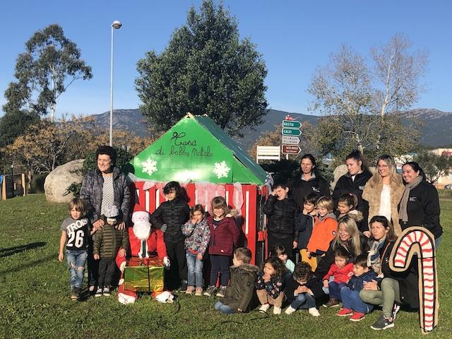 Porto-Vecchio : Les enfants de l'ALSH de Sotta décorent le rond point
