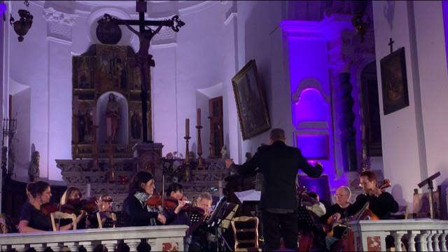 Un beau concert de l'ensemble instrumental « Sinfunia Balanina » dans la citadelle de Calvi