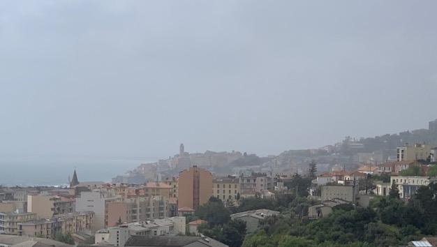 Particules en suspension provenant du Sahara : qualité de l'air dégradée en Corse