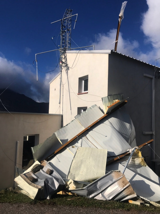 Tempête : dégâts au CS Olmi-Cappella, sur la toiture de l'église de Calvi et à la patinoire