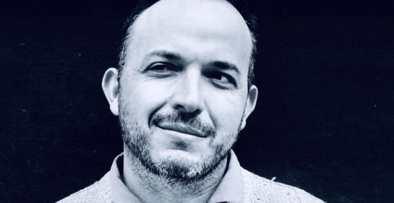 Joseph Agostini, psychologue, psychanalyste, mais aussi dramaturge et intervenant radio sur RTL chez Flavie Flament, dans l'émission : « On est fait pour s'entendre ». Crédit photo Jeremy Flaum.