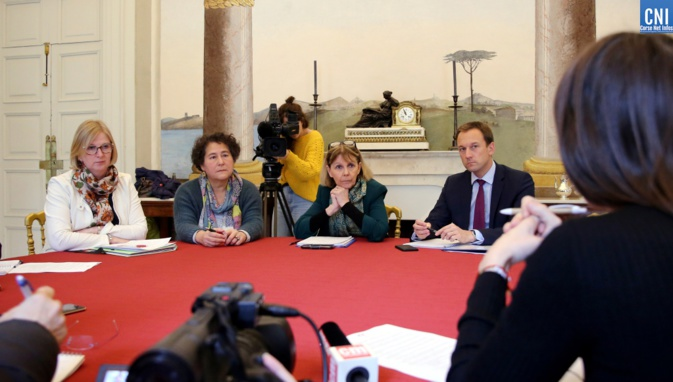 Le comité réuni autour de la préfète de Corse Josiane Chevalier. (Photos Michel Luccioni)