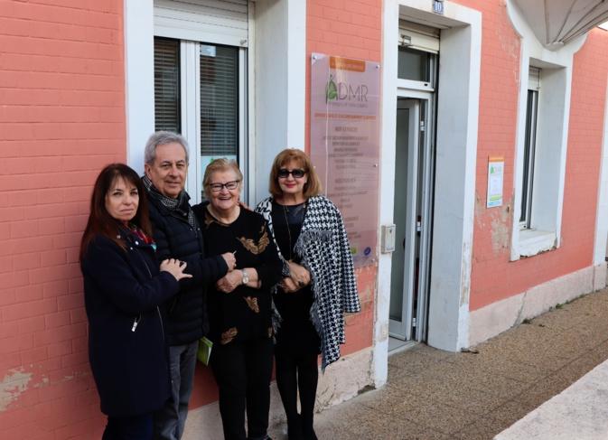 Remise des cles avec de gauche à droite Hélène Astolfi, Ange Santini, Mireille Maraninchi et Chantal Maire-Bernardini