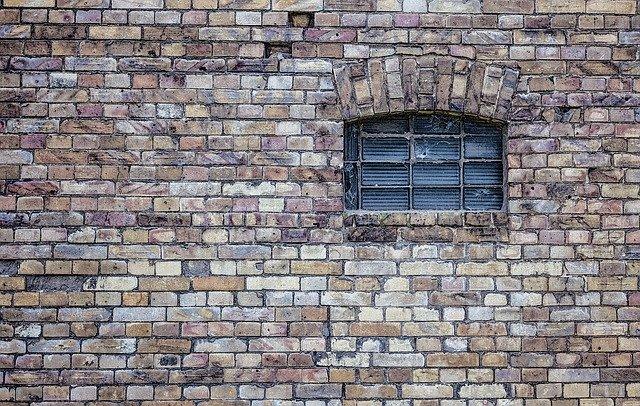 Tocc'à voi : Une vie pour un mur