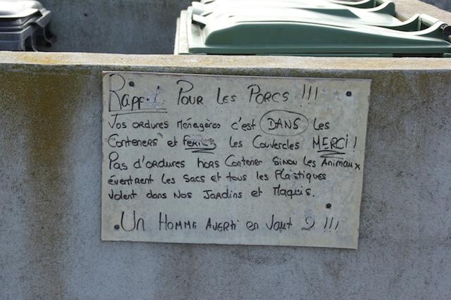 INSOLITE  -   A Porto-Vecchio il est donc utile de le préciser