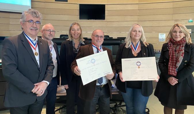 """Sylvie Lézier et Jacques Orsini ont reçu ce vendredi 14 février à Bastia, leur diplôme d'un des """"Meilleur ouvrier de France."""