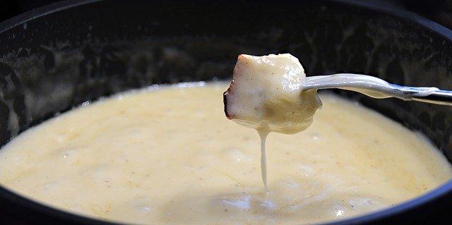 A table : La fondue de fromage corse