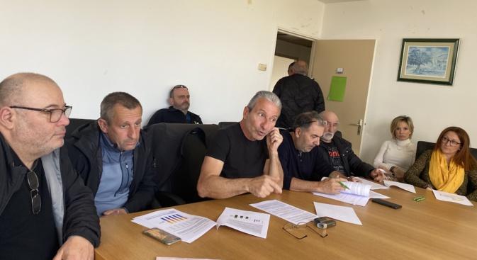 """Joseph Colombani et Jean-François Sammarcelli nt tenu à """"rétablir la vérité"""" sur les """"discriminations"""" que les agriculteurs Corses ont subit suite aux affaires de fraude présumées."""