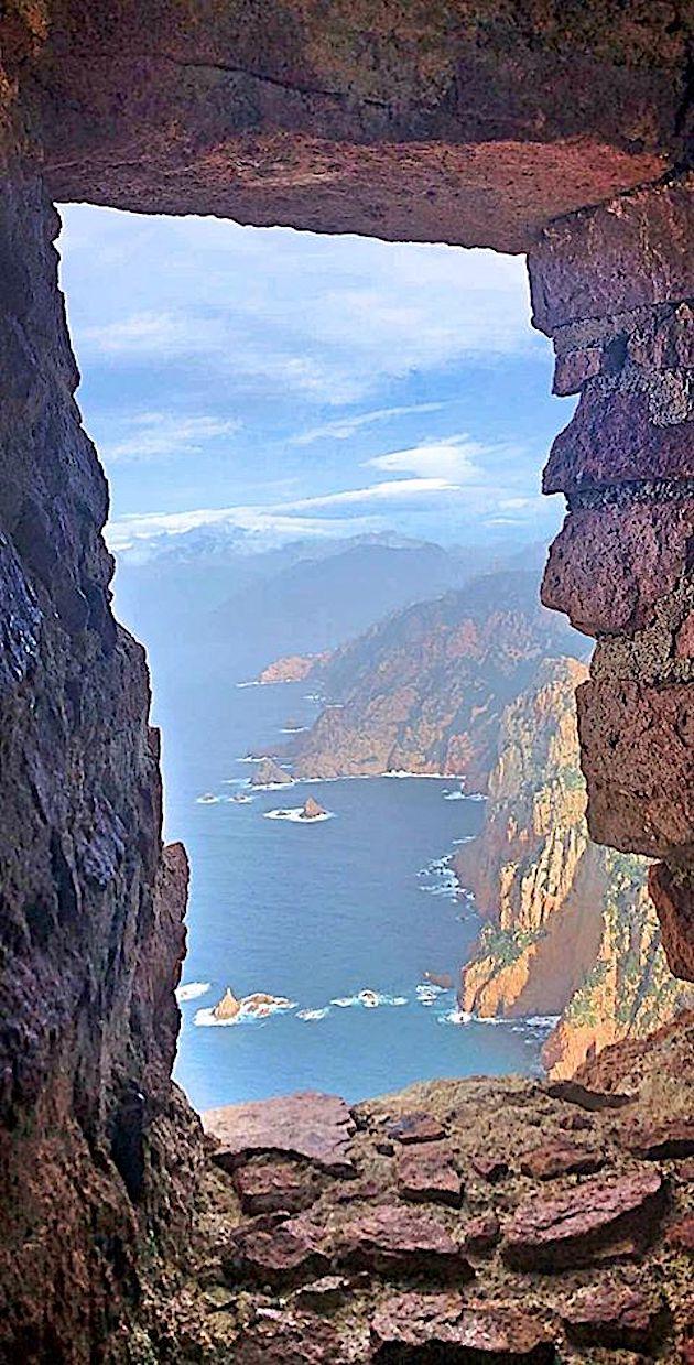La photo du jour : Piana vu de la tour de Capu Rossu
