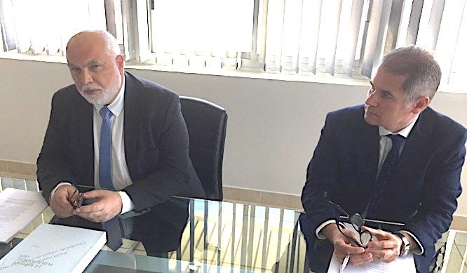 Jacques Delmas (à gauche), président de la Chambre Régionale des Comptes de Corse, est revenu sur le chapitre du rapport public annuel de la Cour des comptes 2020 sur les agences et offices de Corse.