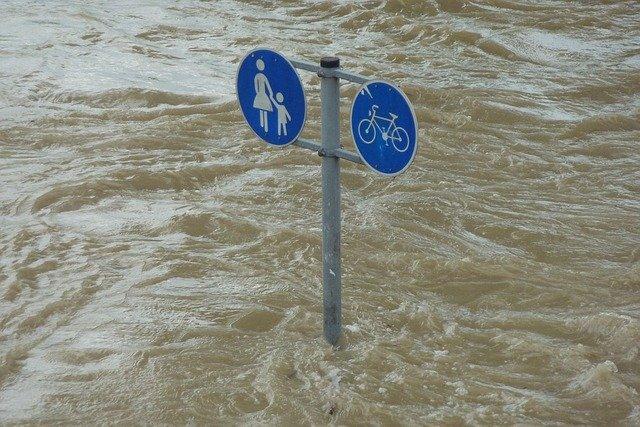 Inondations : La Corse du Sud en jaune