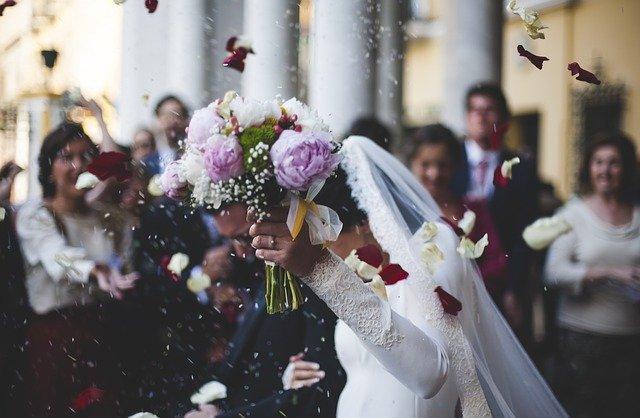 Pourquoi le mariage a t-il encore la cote en Corse ?